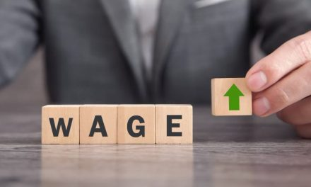UK firms increase wages to attract job seekers